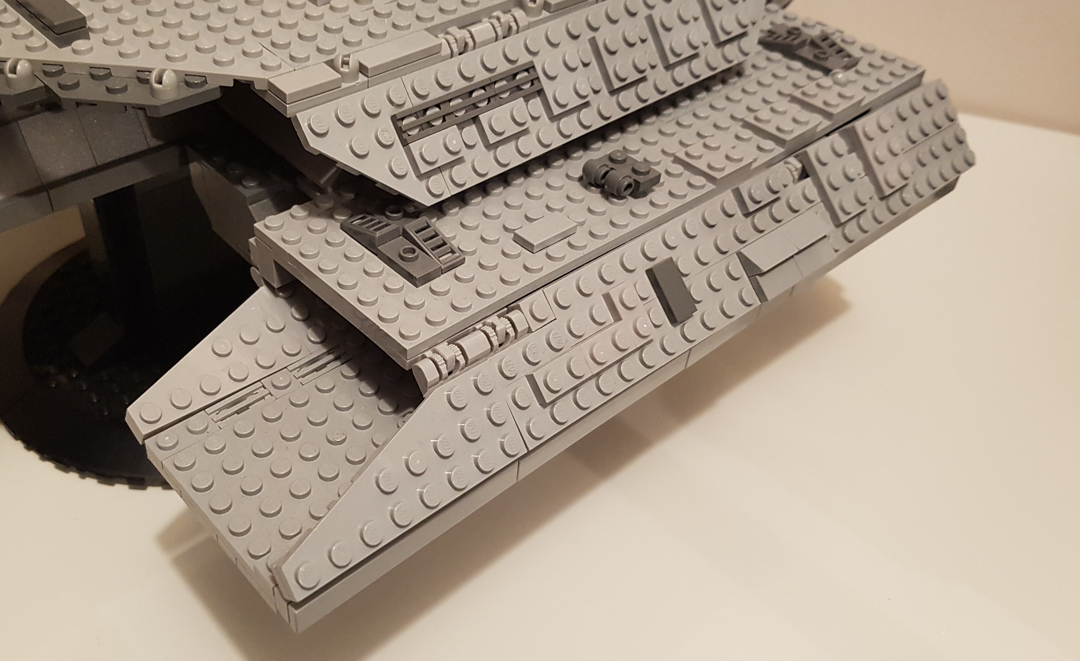 Stargate LEGO ship Daedalus hangar