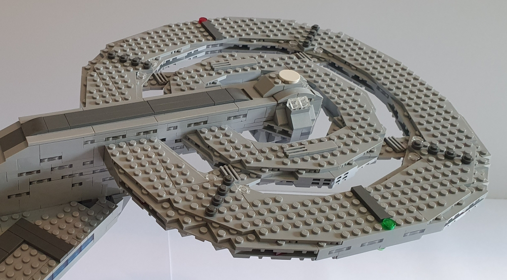 LEGO Star Trek USS Discovery Saucer