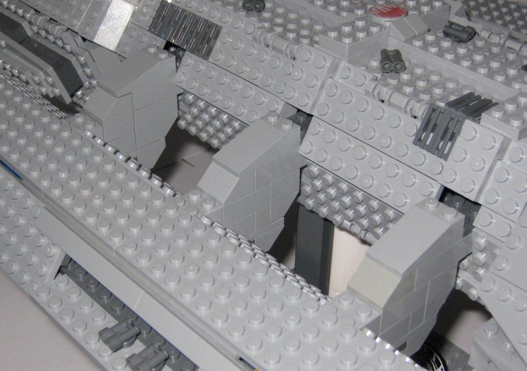 LEGO Battlestar Galactica - Pegasus - close up