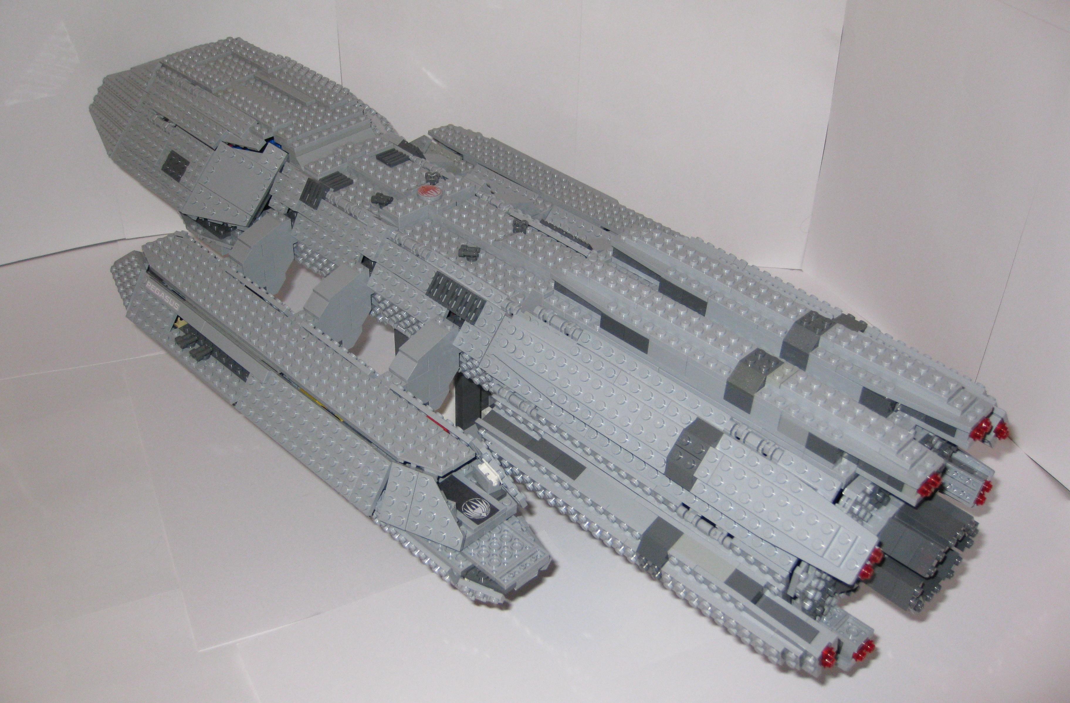 LEGO Battlestar Galactica - Pegasus