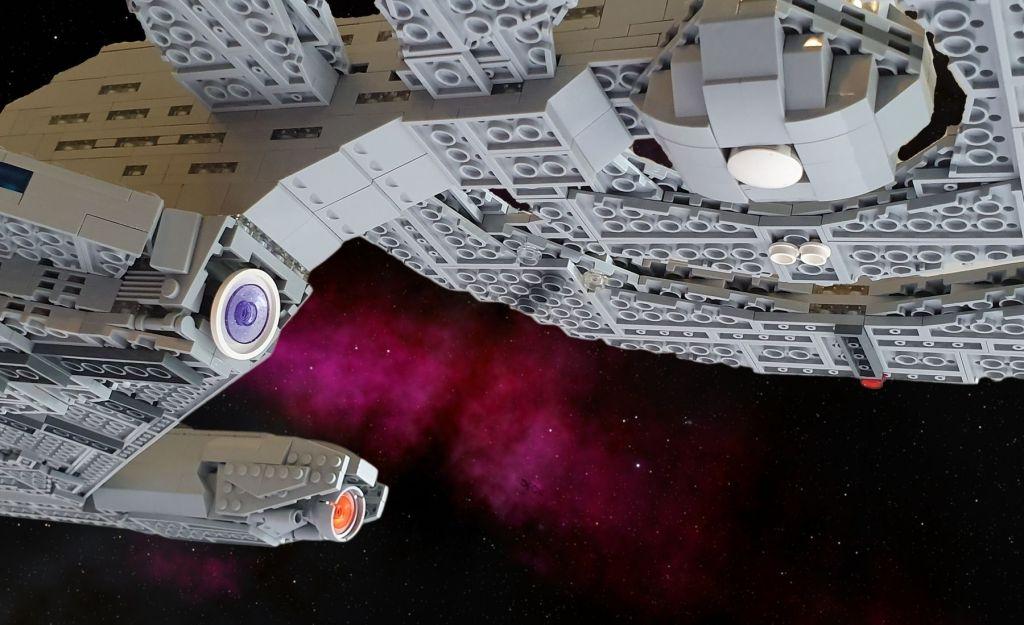 LEGO Star Trek USS Discovery